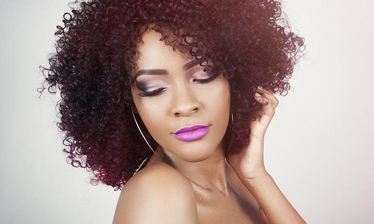 Como mantener un cabello rizado