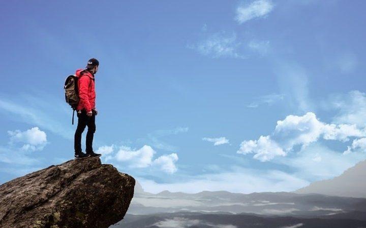 Consejos para obtener el equipamiento ideal para practicar deportes de montaña