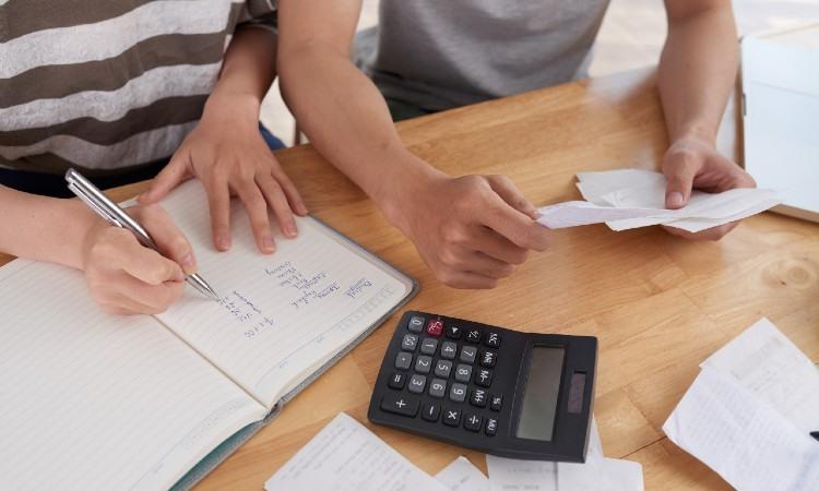 Consejos para ahorrar y mejorar tu economía familiar