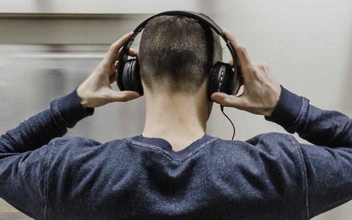 Principales causas de la pérdida de oído en los jóvenes